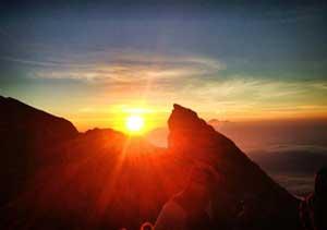 mount agung volcanoe trekking